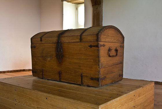 22 maart 1621 - Hugo de Groot ontsnapt in een boekenkist uit Slot Loevestein