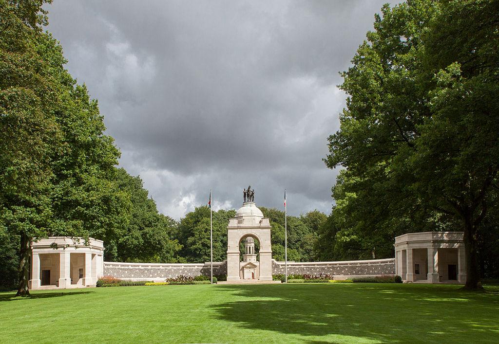 Delville Wood Memorial in Frankrijk - cc