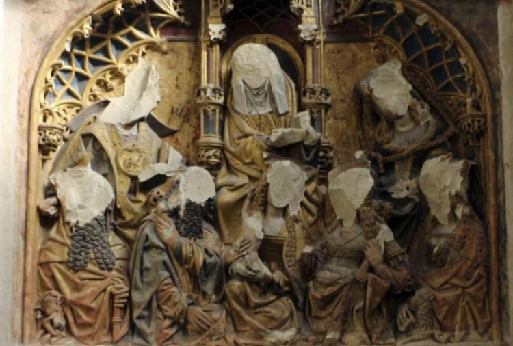 Deel van het vernietigde retabel in de Dom