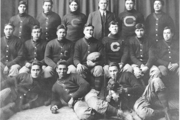 Het Carlisle Football Team in 1911