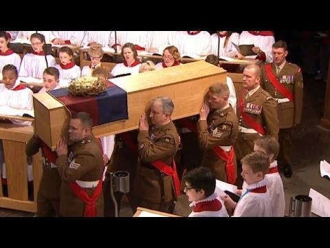 Video: Begrafenis Richard III in Leicester
