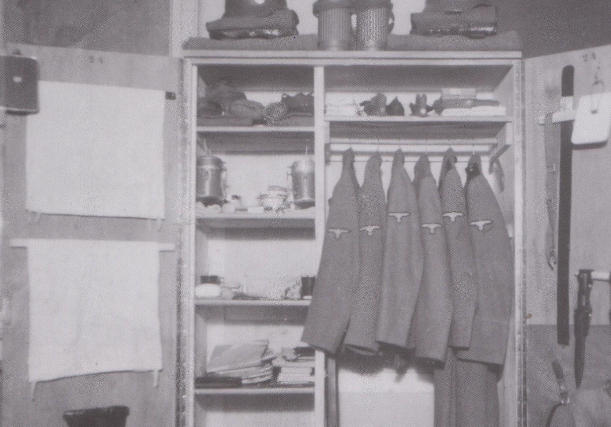 Ruim 100 zeldzame foto's nazikamp Bergen-Belsen