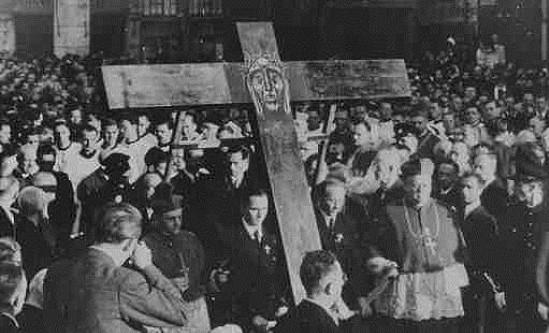 65 jaar vredesorganisatie Pax Christi Nederland
