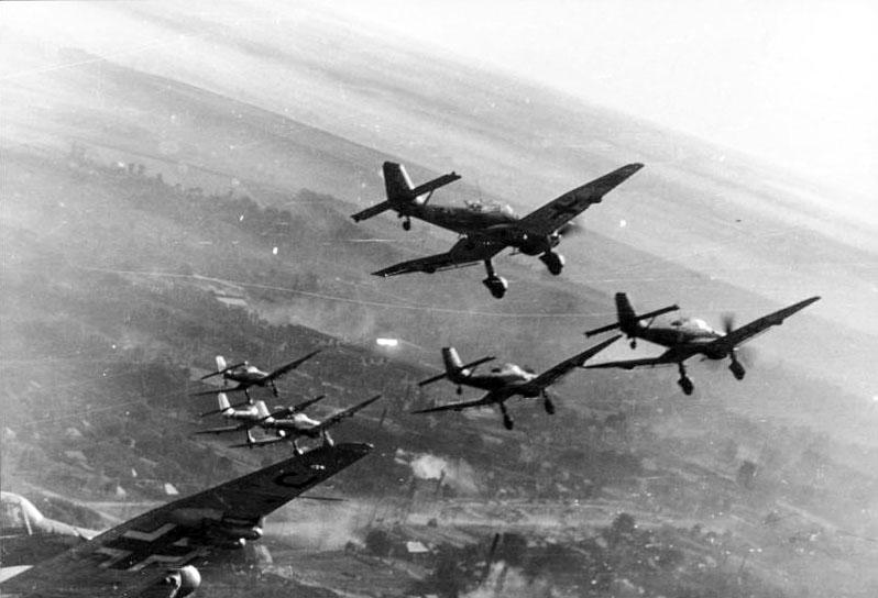 'Blitzkrieg was snelle improvisatie Duitse leger'