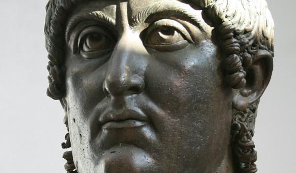 Contemporain bronzen hoofd van Constantijn (4e eeuw, Musei Capitolini)