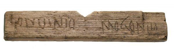 Handbeschreven plankjes gevonden uit Romeins Londen (MOLA)