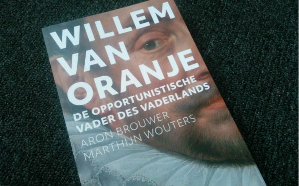 """Van Stipriaan: """"Auteurs 'Willem van Oranje' kunnen beter studie eens afmaken"""""""