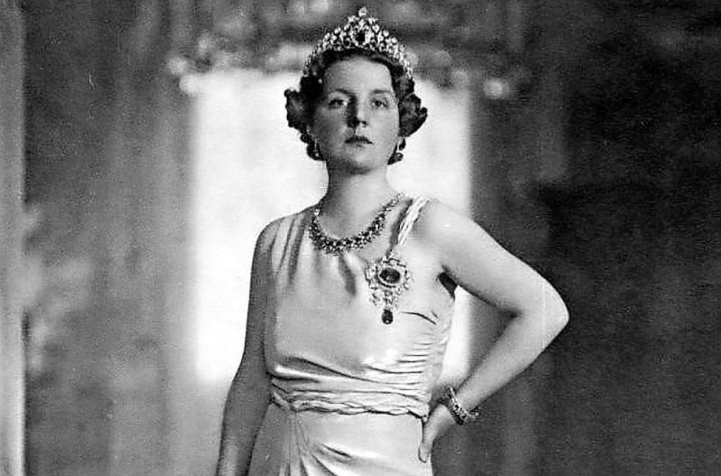Staatsieportret koningin Juliana (bron onbekend)