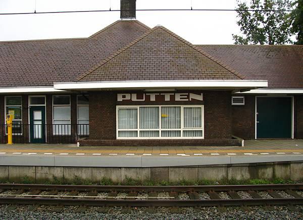 Station van Putten, vanwaar de mannen werden weggevoerd
