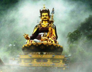 Beeld van Padmasambhava