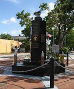 Monument voor de slachtoffers van het Varkensbaai-incident in Klein Havana, Miami, Florida