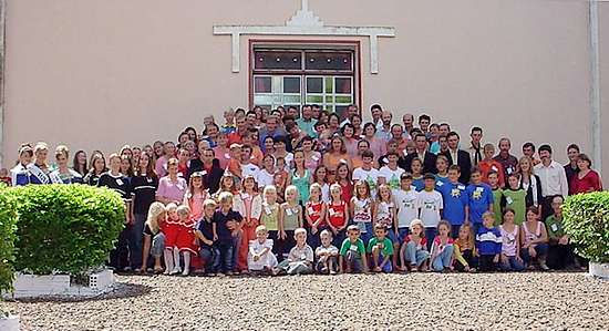Foto uit 2006 van de tweelingen in Candido Godoi