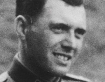 Mengele in 1944 (Publiek Domein - wiki)