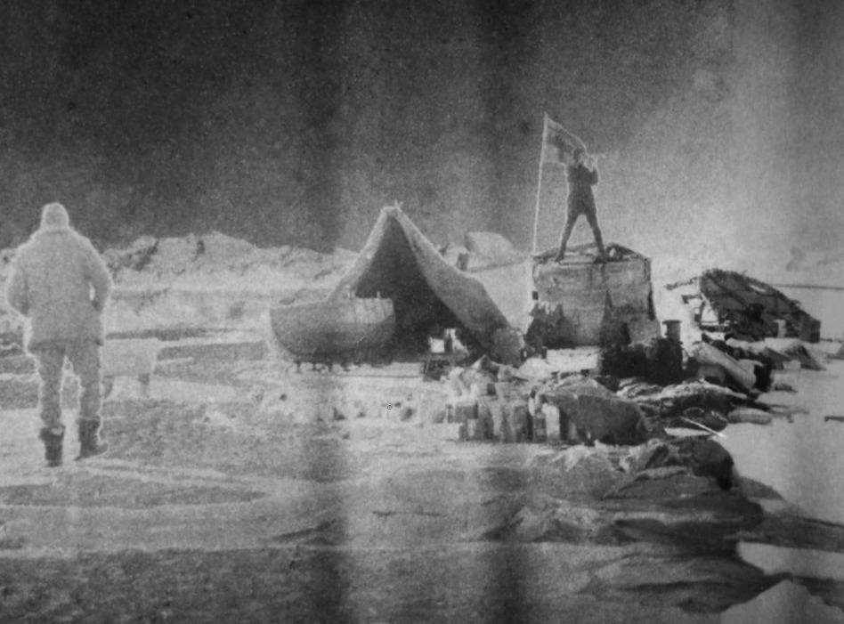 De ballonvaarders op het ijs - Foto: Nils Strindberg