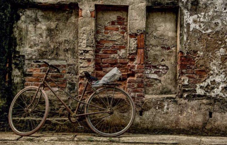 Oude fiets (cc - Pixabay - nguyenhuynhmai)