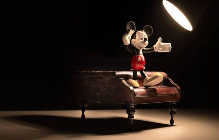 Mickey Mouse (cc - Pixabay)
