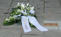 Gedenkstenen voor Han en Leentje Hollander