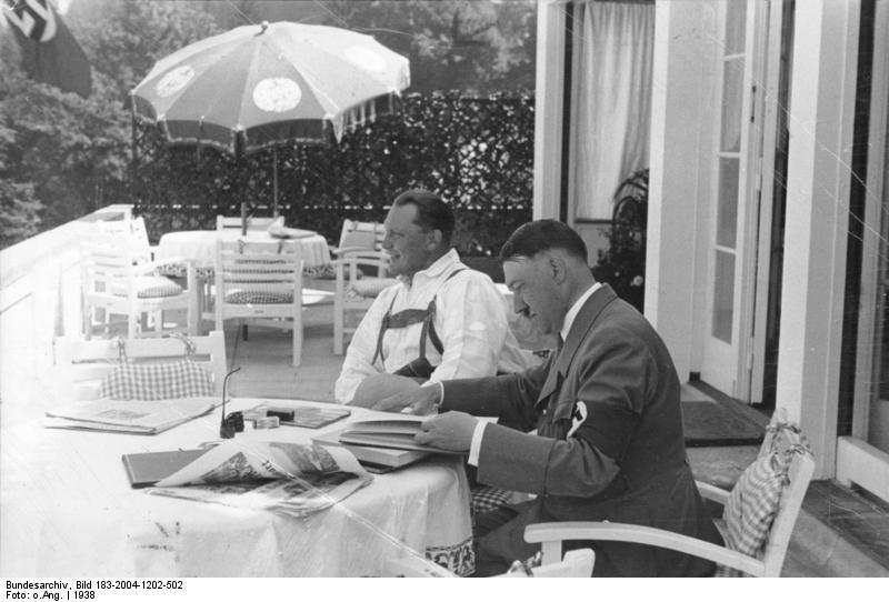 Göring, en Hitler op de Obersalzberg (1933)