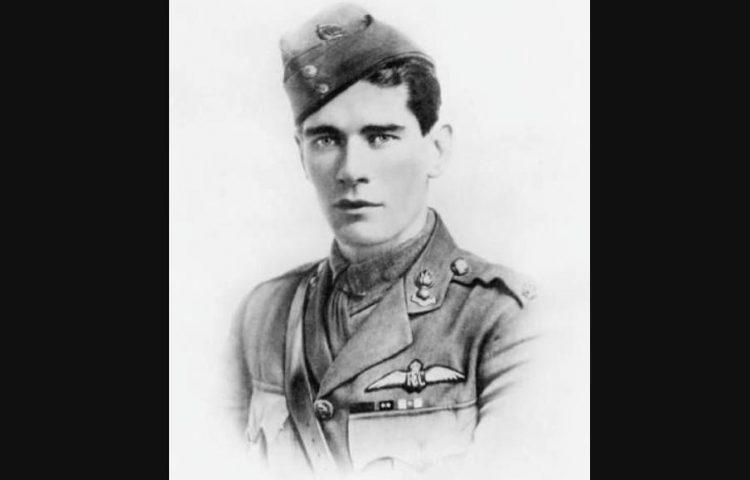 Edward Mannock in 1917 - Publiek Domein - wiki