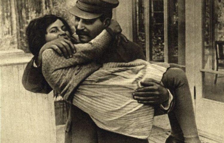Svetlana met Stalin (1935)