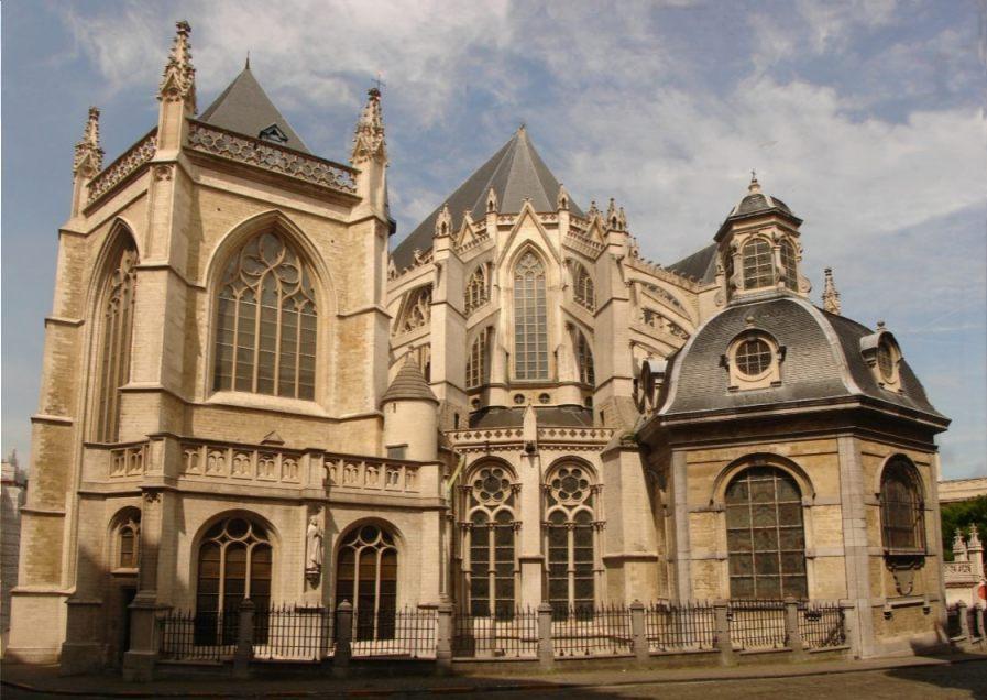 Kathedraal van Sint-Michiel en Sint-Goedele in Brussel (CC BY-SA 3.0 - Johan Bakker)