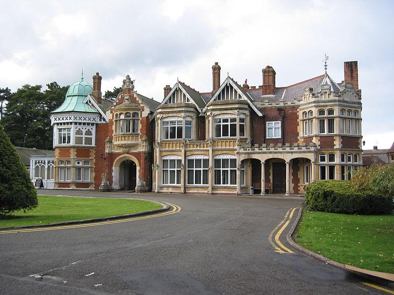 Bletchley Park, het landgoed waar tijdens de oorlog de Government Code and Cipher School (GC&CS) was gehuisvest