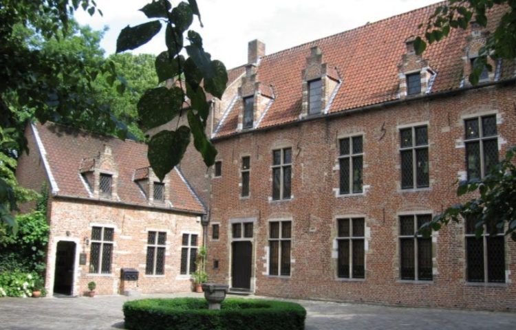 Het Erasmushuis in Anderlecht