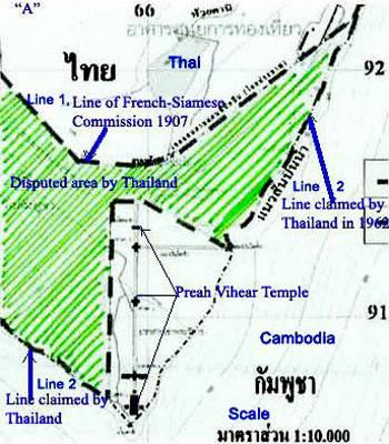 Kaart met daarop de grens tussen Cambodja en Thailand zoals vastgesteld in 1907 en de grens die Thailand in 1962 claimde
