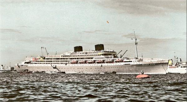 De Willem Ruys op weg naar Nederlands-Indië – Foto: Bronbeek