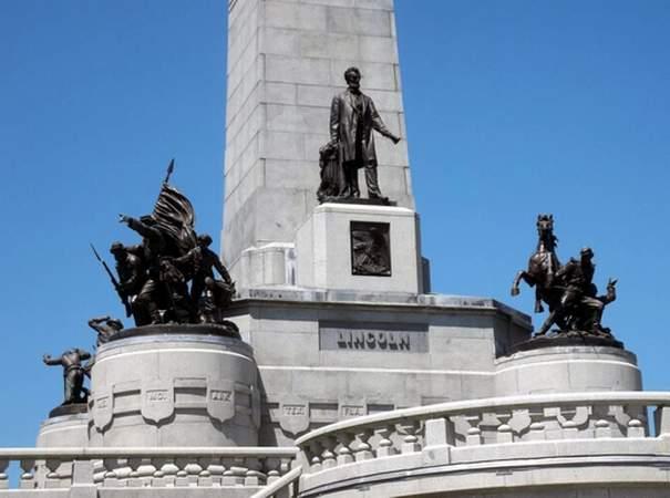 Het graf van Abraham Lincoln (CC BY-SA 3.0 - wiki)