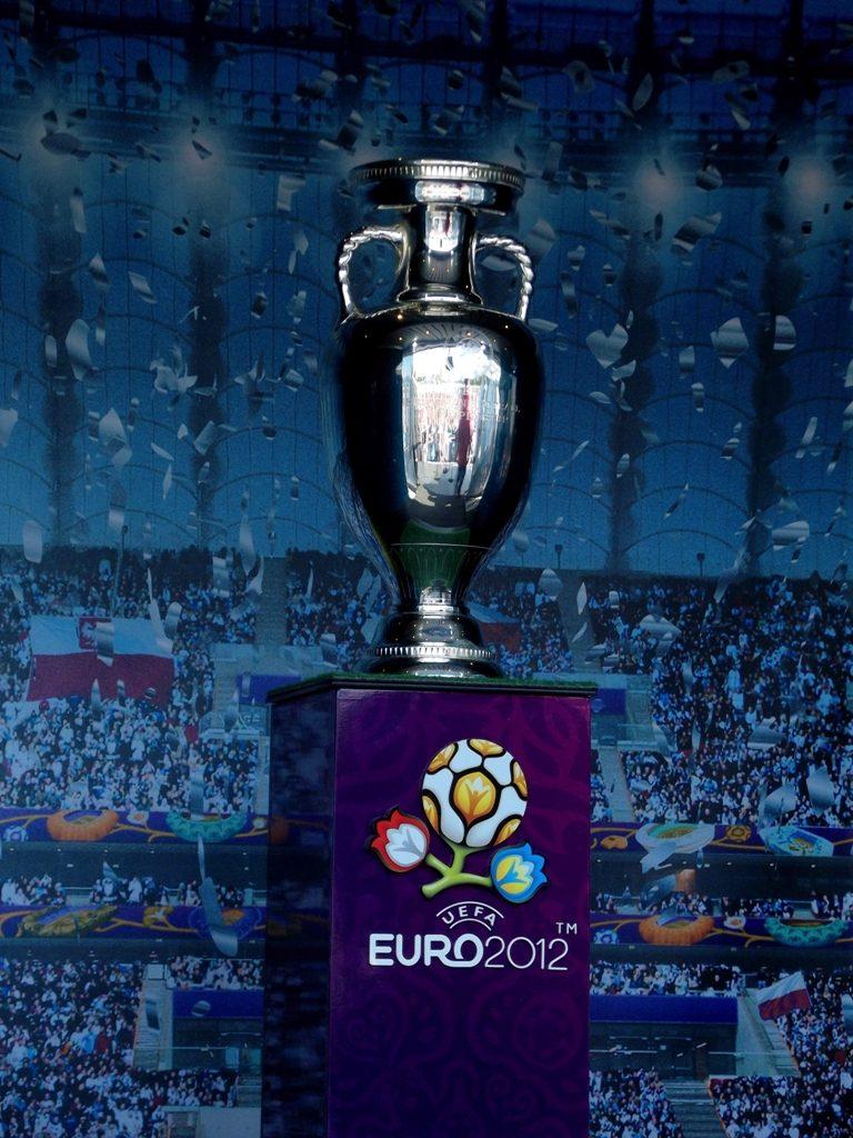 De coupe Henri Delaunay - Trofee van het EK Voetbal