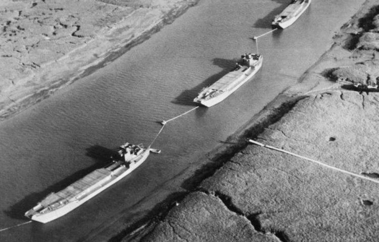 Operatie Fortitude - Dummy landingsvoertuigen (Publiek Domein - wiki)