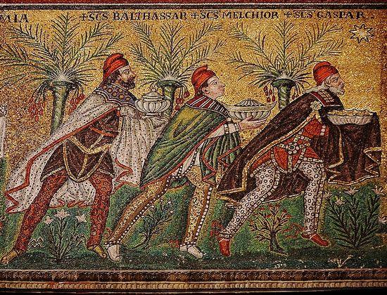 De drie wijzen uit het oosten (Sant' Apollinare Nuovo, Ravenna)