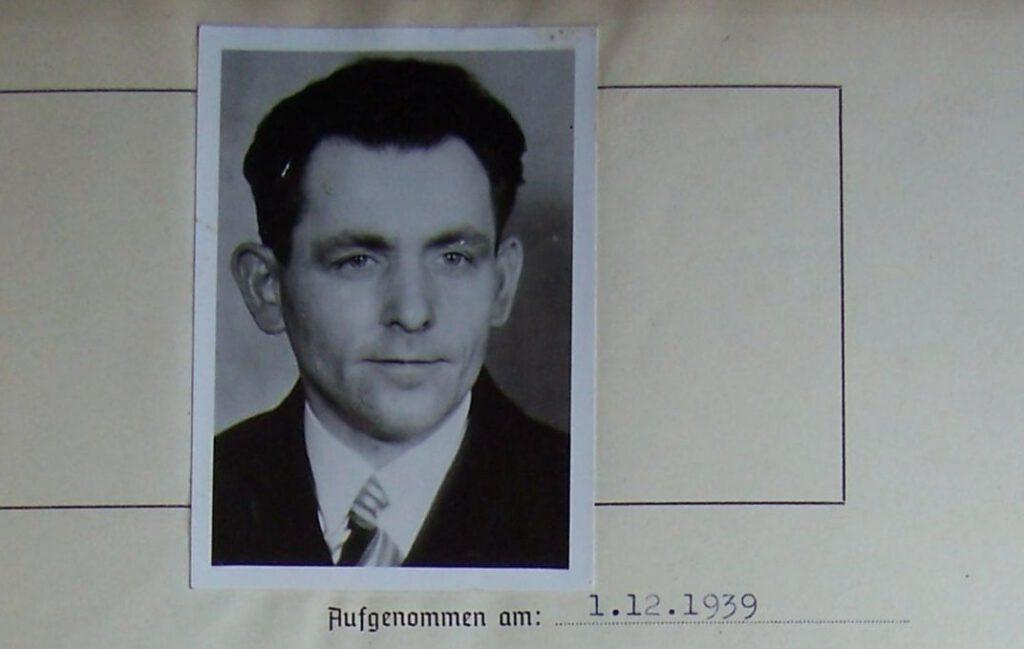 Foto van Georg Elser in een Gestapo-rapport