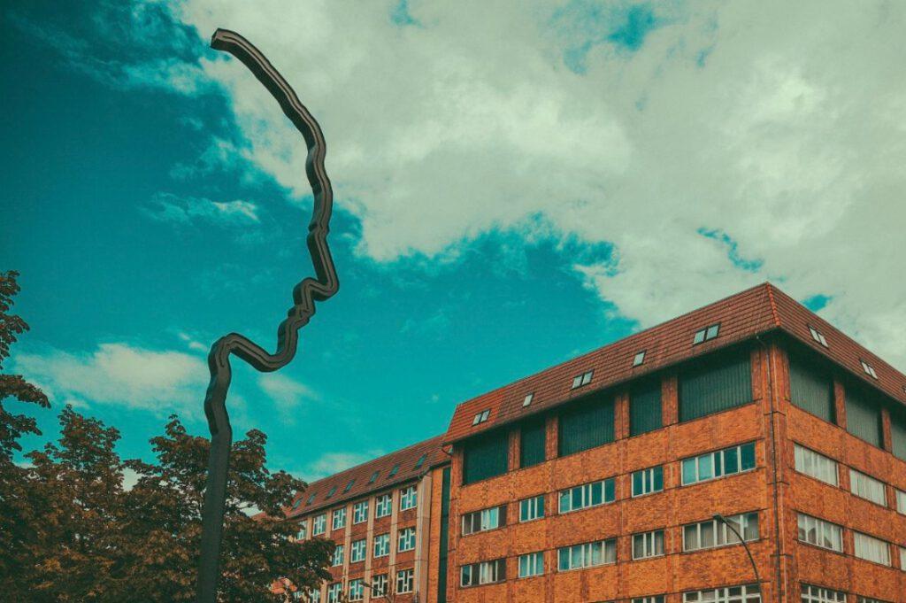 Monument ter nagedachtenis van Georg Elser in de Wilhelmstraße in Berlin