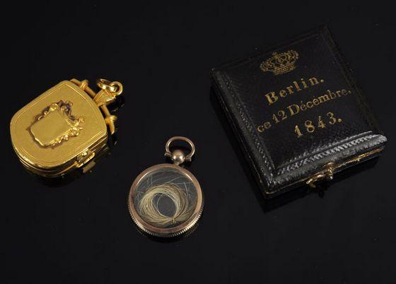 Het haarlokje van koning Willem I – Foto: Zeeuws Veilinghuis