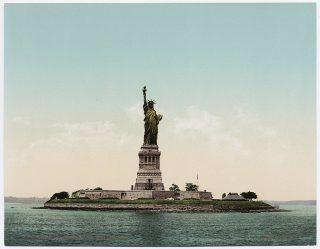 Vrijheidsbeeld op een postkaart uit circa 1897