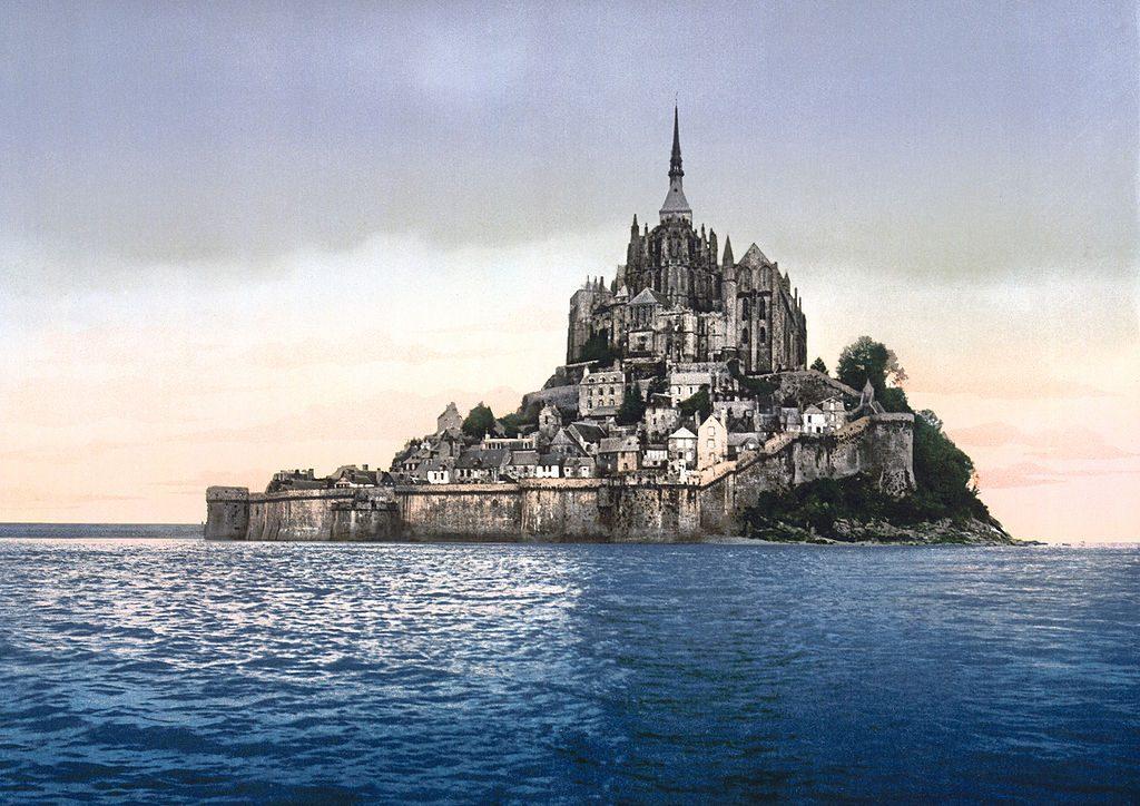 Mont-Saint-Michel in 1900 (photochrom)