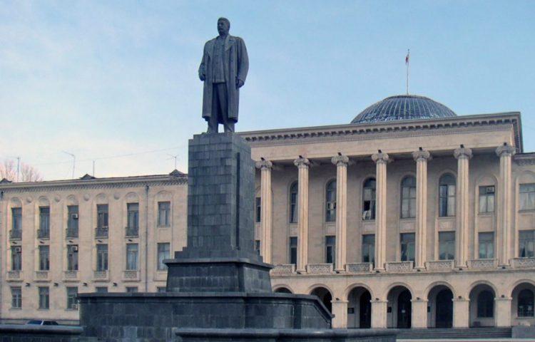 Standbeeld van Stalin in Gori – Foto: CC