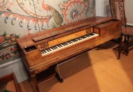 De pianoforte tafelpiano van John Broadwood uit 1803
