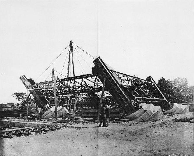 18 juli 1887: De bouw van de metalen poten