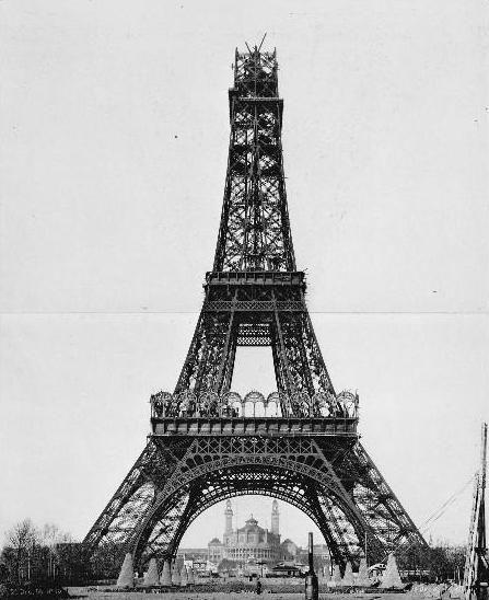 26 december 1888: bouw stuk tussen tweede en derde verdieping
