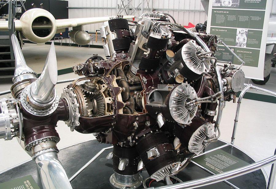 Bristol Hercules, veertienclinder 'sleeve valve' radial - Foto: Wiki