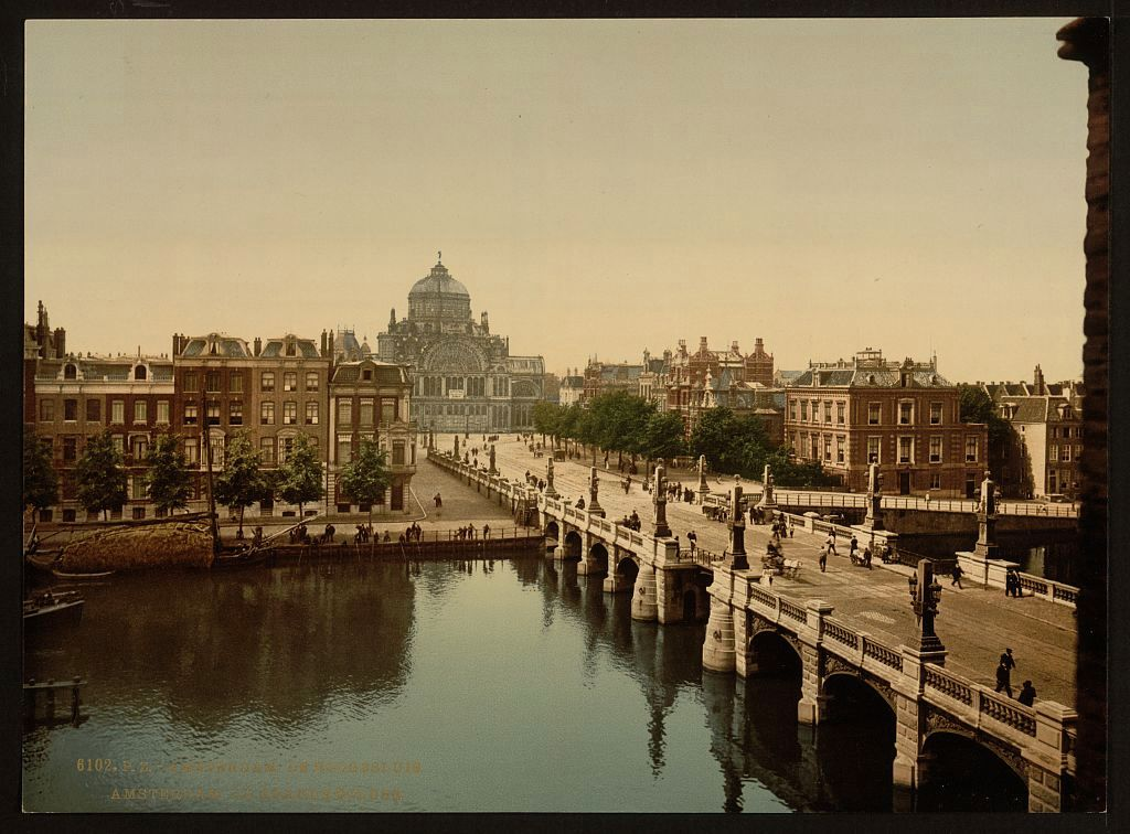 Hogesluis in Amsterdam rond 1890 (Library of Congress)