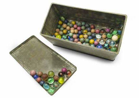 Anne Frank's marbles, photo Anne Frank Stichting / Anne Frank Fonds