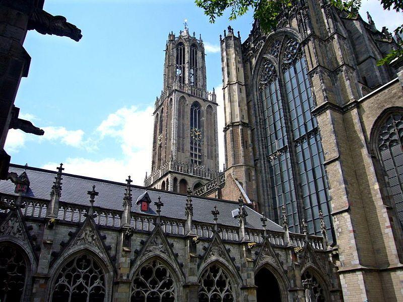 Domtoren vanuit de Kruisgang - Foto: CC/Pepijntje