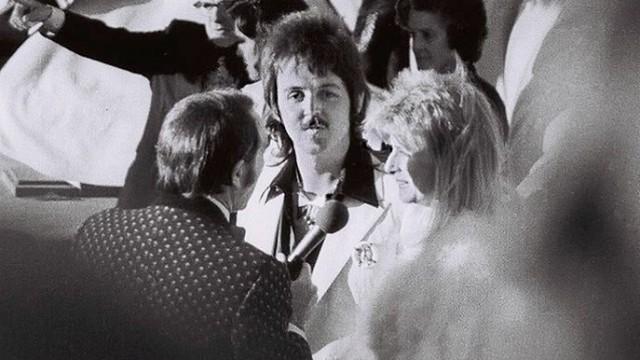 Paul en Linda McCartney in 1974 (CC)