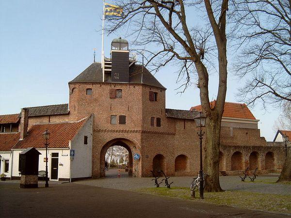 Vischpoort in Harderwijk (CC-Michielverbeek)