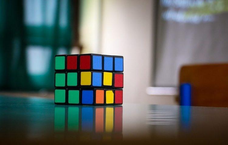 Rubiks kubus (CC0 - Pixabay - Pexels)