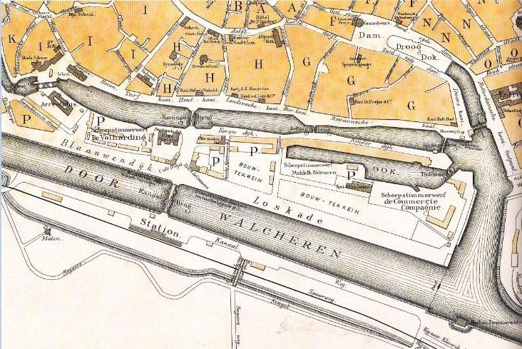 Plattegrond van Middelburg uit 1887 met het Prins Hendrik droogdok, het Entrepot, de Kleine Werf, het werfterrein en de scheepstimmerwerven van de MCC, overigens kort voordat het bedrijf zou verdwijnen.